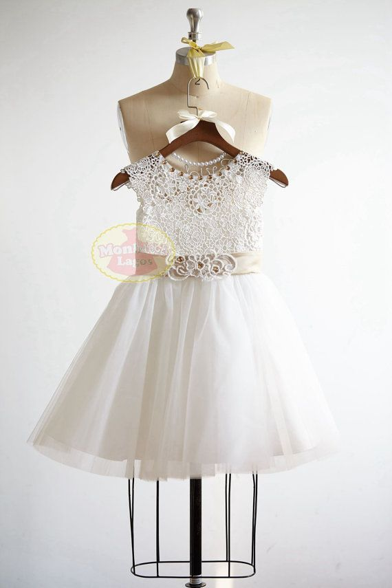 Cap Sleeves Lace Tulle Flower Girl Dress Junior by MonbebeLagos