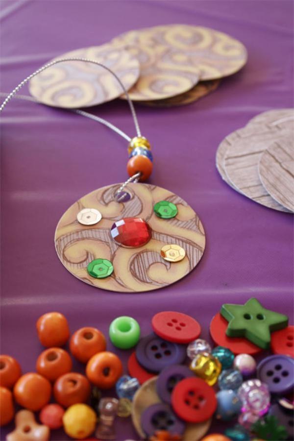 bricolage de médailles