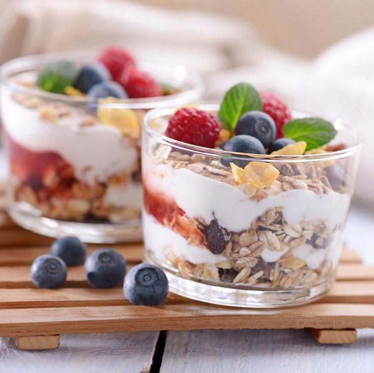 #Buongiorno! Amica oggi prepariamo una colazione sana e nutriente a base di cereali e yogurt  http://ebx.sh/1JQbgoN
