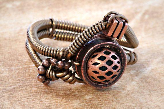 Joyas Steampunk anillo cobre por CatherinetteRings en Etsy