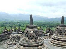 Borobudur, plus grand temple boudhiste d'Indonésie
