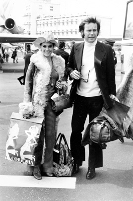 Actress Natalie Wood and actor Robert Wagner arrive at Nice airport in Nice, France on May 4, 1972.