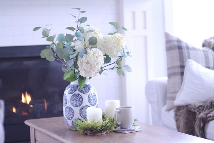 limelight hydrangeas, fresh cut flowers, livingroom décor, home décor.