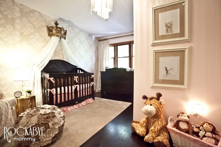 If I ever have a daughter, this WILL be her nursery, pink, leopard print, sparkley, and princess crown. yes.