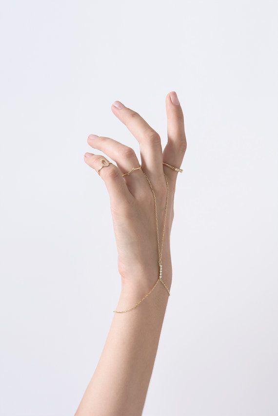 HANDCHAIN Hand-Kette-Armband Finger Armband Slave von Peshka