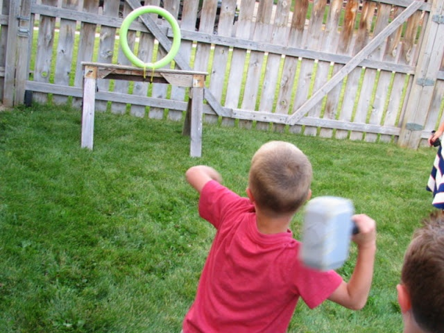 Thor Hammer throw game