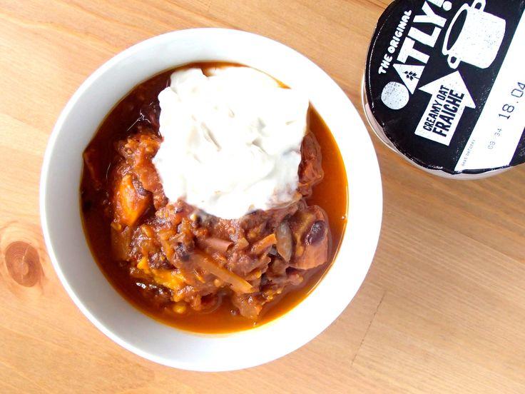 Sweet Potato Chilli @ www.skatingtomato.com #cheap #healthy #vegan