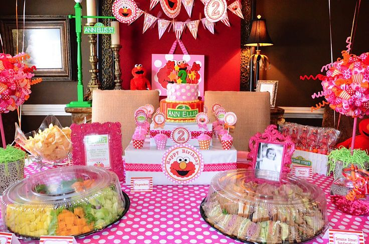 Sesame street party - this is a frontrunner!!: Sesame Street, Elmo Birthday Parties, Pink Polka Dots, Birthdays, Elmo Party, Parties Ideas, 2Nd Birthday, Elmo Parties, Birthday Ideas