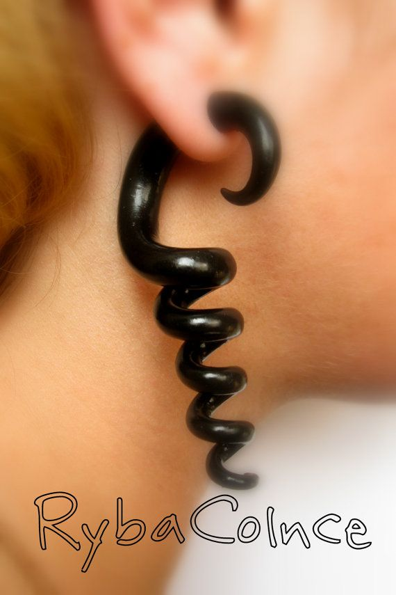 Fake ear tentacle gauge - Faux gauge/Gauge earrings/Tentacle plug/tentacle earrings /spiral gauge/ fake piercing - Etsy.com - $21.27