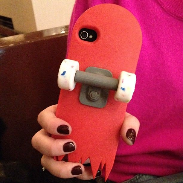 cool iphone case || you can rolll your phone to your friends!!(: ||