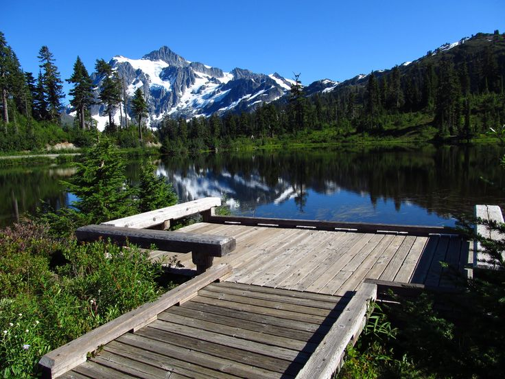 12 of the best boardwalks in Washington. These wooden paths will lead you to some of the most spectacular places.