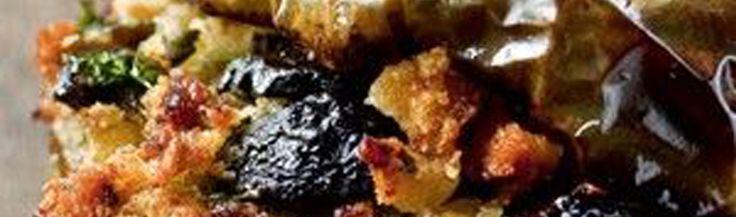 Gevulde groene paprika's met ansjovis en rozijnen