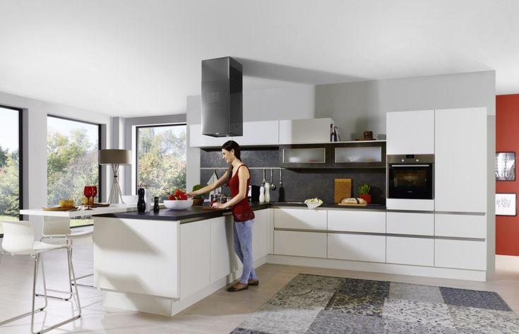 Kuchyně Linea Piiantra Moderní kuchyně bílá hedvábný mat a Kira ceramica.  #kitchen #kuchyněGorenje #kuchyně #kuchyň #modernikuchyně #design #kuchyněbílé #inspiracebydlení #interier