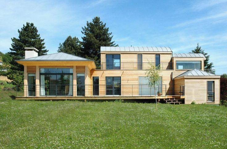 Современный дизайн деревянного частного дома