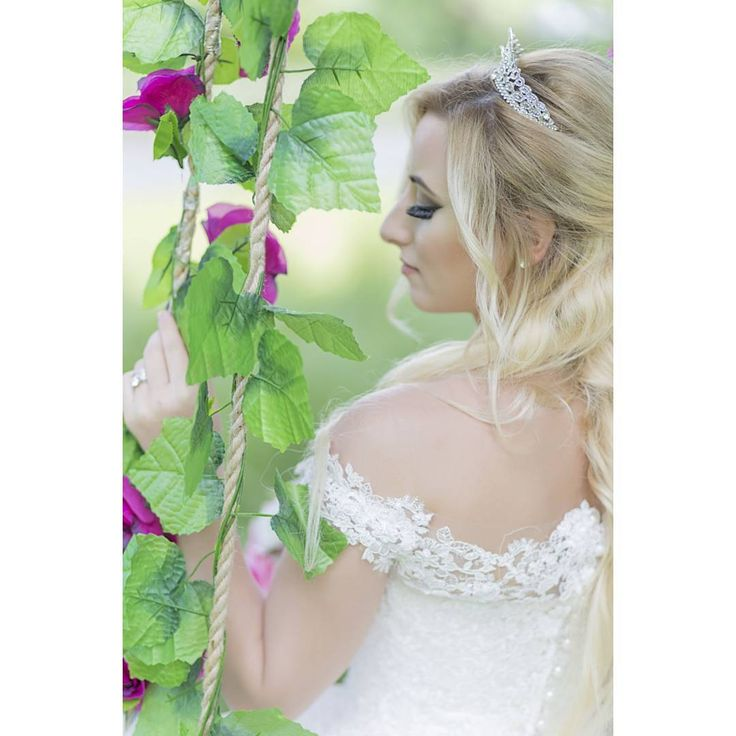 Günaymış ���� .. .. #wedding #weddingdress #gelindamat #gunaydin #aniyakala #gelinlik #evlilik #severekcekiyoruz #evlilikfotograflari #evlilikteklifi #kadraj #goodmorning #bestphoto #igkadraj #mutluan #ozelgun #ozelgunfotografcisi #photography #photographers #detay #gelinhakkındahersey #turkey #mutluanlar #love #canon #detaylariseveriz #gelinlik #severekcekiyoruz #mavi #düğün http://turkrazzi.com/ipost/1517938322256027756/?code=BUQzNyZBeBs
