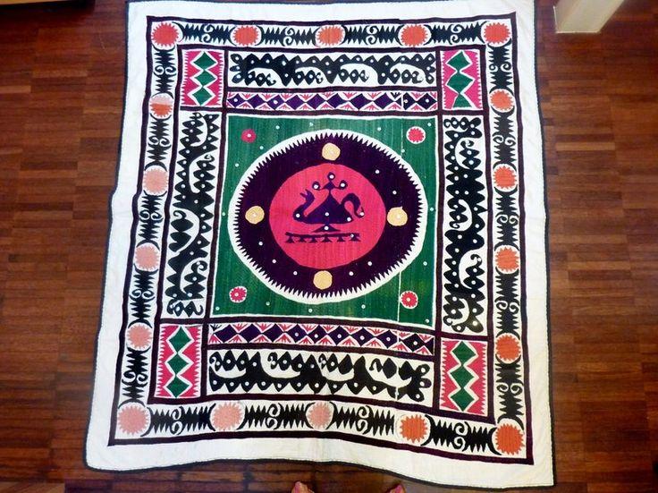 Suzani Wandbehang aus Samarkand, Handbestickt, von SALOME  auf DaWanda.com