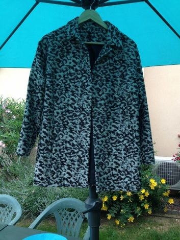 Je viens de mettre en vente cet article  : Manteau Naf Naf 48,00 € http://www.videdressing.com/manteaux/naf-naf/p-5505862.html?utm_source=pinterest&utm_medium=pinterest_share&utm_campaign=FR_Femme_V%C3%AAtements_Manteaux+%26+Vestes_5505862_pinterest_share