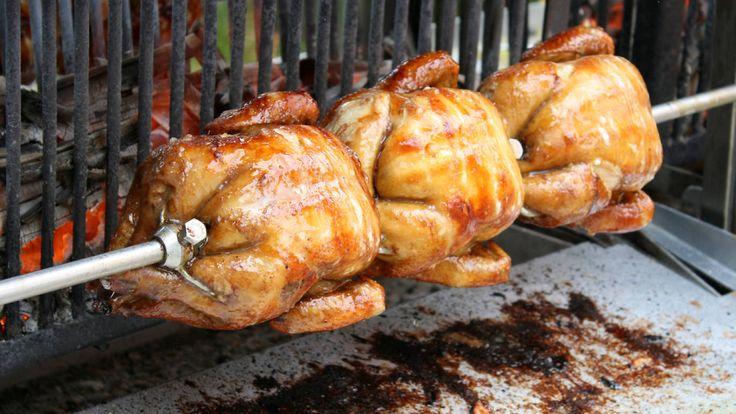Les rostisseries i botigues especialitzades en pollastres a l'ast que us alegraran els diumenges (i qualsevol dia de la setmana)