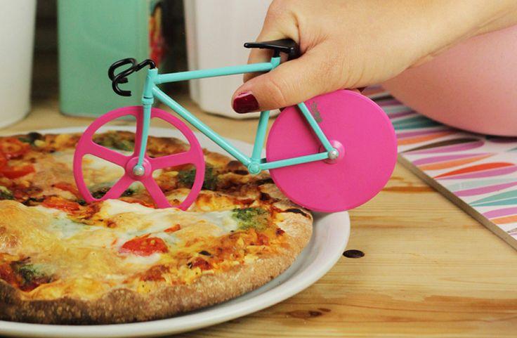 Regalador.com - Cortador de pizza con forma de bicicleta