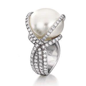 South Sea Diamond Wrapped Pearl Ring...vendura  <3<3