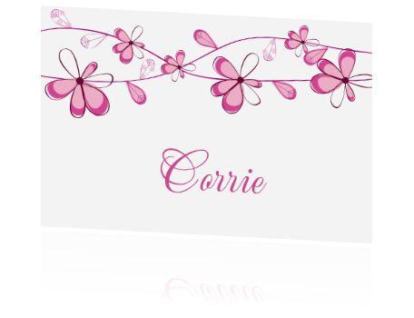 Tafelkaartjes of naamkaartjes voor een diner of etentje. Een klein kaartje met paarse bloemen voor op tafel.