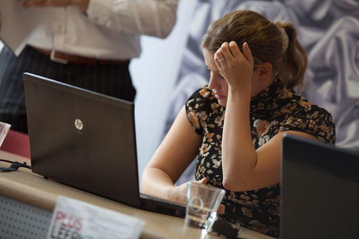 Effectief vergaderen vraagt om alerte deelnemers met een constant energieniveau gedurende een intensieve dag. Er zijn 3 factoren die het succes van een vergadering sterk beïnvloeden: voeding, omgeving en een goede flow.