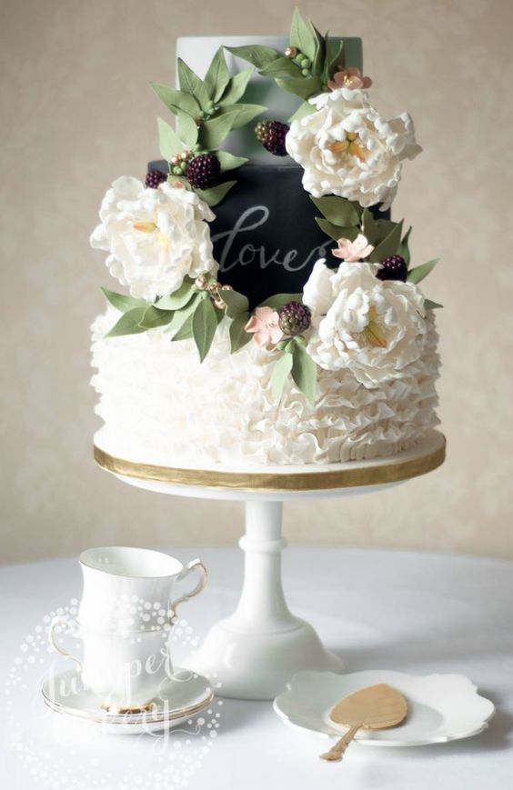 Unique Three Tier Rustic Wedding Cake