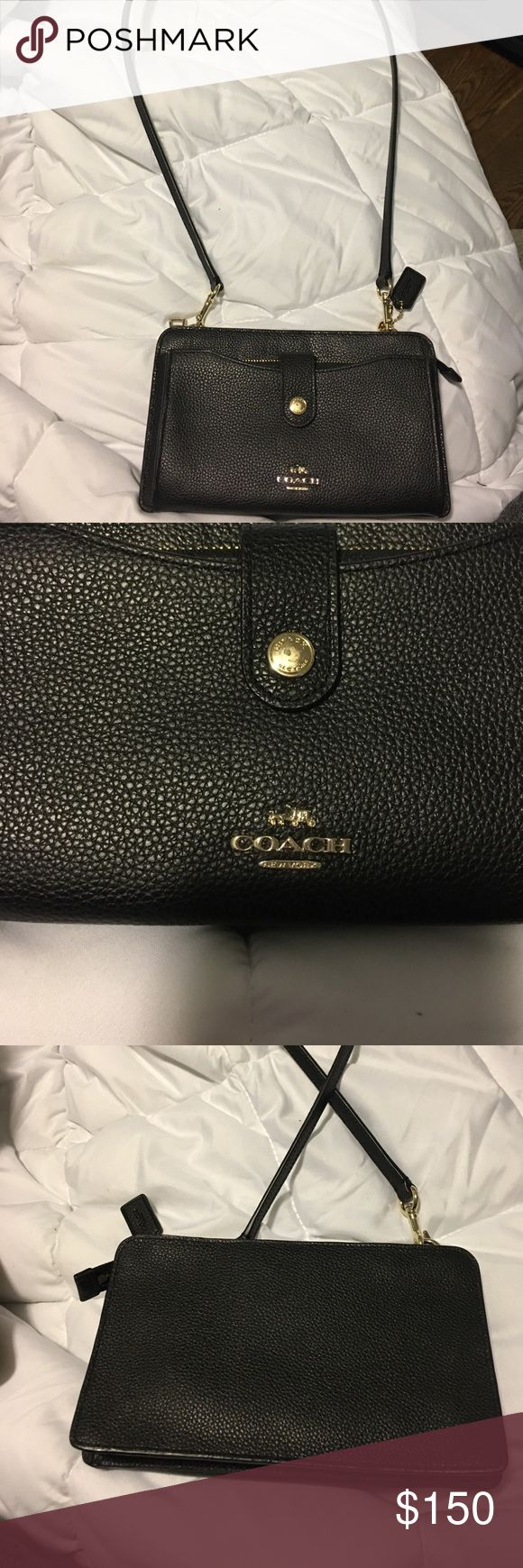 Coach purse Brand new, only used once! Bought from coach outlet store! Coach Bags Shoulder Bags