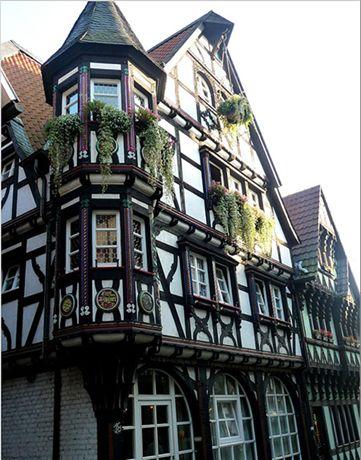 tolles badezimmer rhon grabfeld website bild und cefeefafbd tudor style house blog page