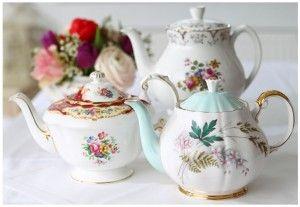 Lieschen und Ruth Vintage Teekannen Mietservice