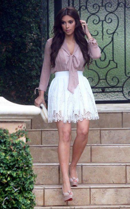 brave kim kardashian outfits elegantes 13