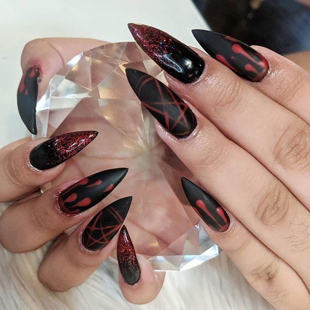 60 Halloween Nail Art Ideas Goth Nails Witch Nails Black Nail Designs