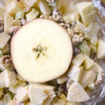 Ensalada Navideña de Manzana con Piña y Nuez