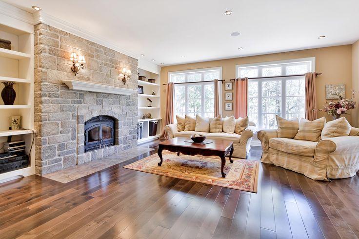 #golf #property #propriété #Laurentides #realestate #salon #livingroom