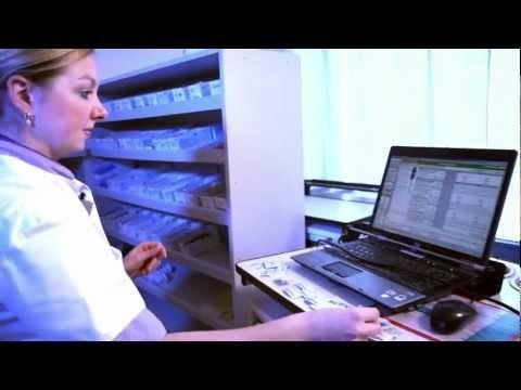 De ziekenhuisapotheek verzorgt de medicijnenverstrekking ten behoeve van de opgenomen patiënt. De ziekenhuisapotheek heeft een belangrijke adviserende taak bij het medicijngebruik en verstrekt informatie aan artsen, verpleegkundigen en andere medewerkers in het #ziekenhuis. Ook wordt er direct aan de patiënt informatie verstrekt. #healthcare