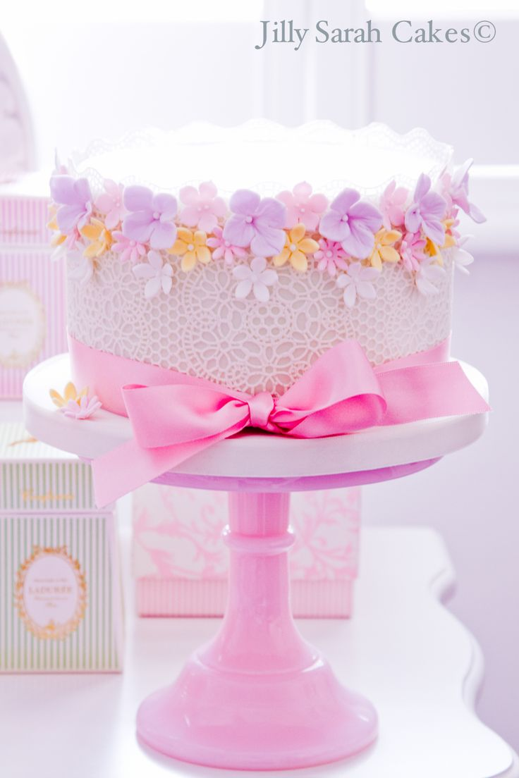 Flower Border and Ribbon Birthday Cake