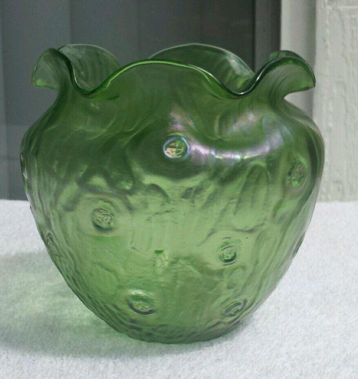 Loetz Austria Rusticana c 1900 Signed Green Iridescent Glass Vase - EUC