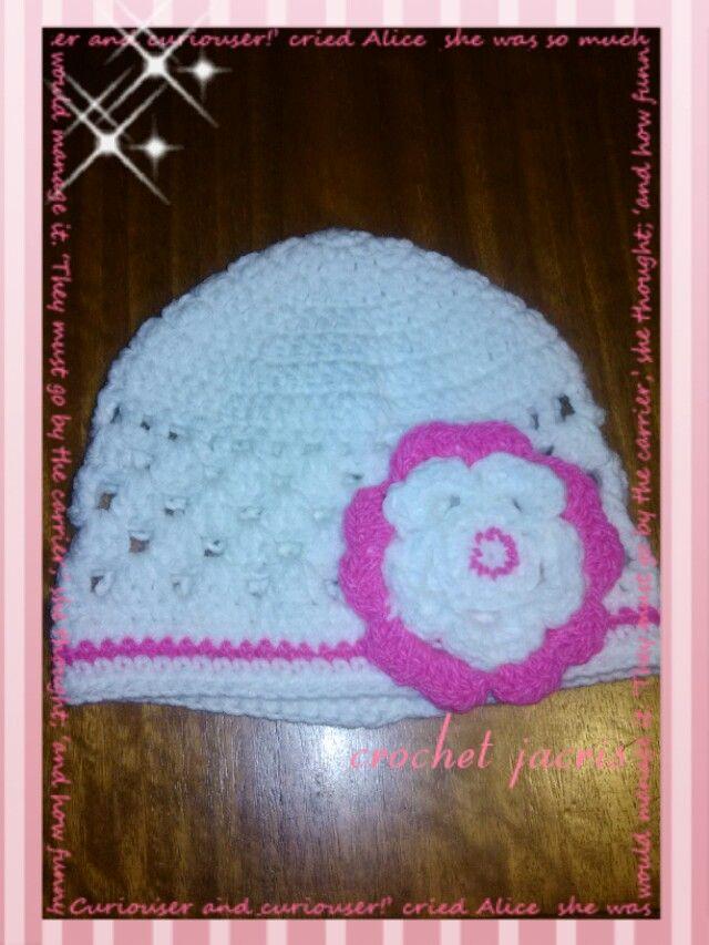 Gorrito a crochet flor rn/12 anos