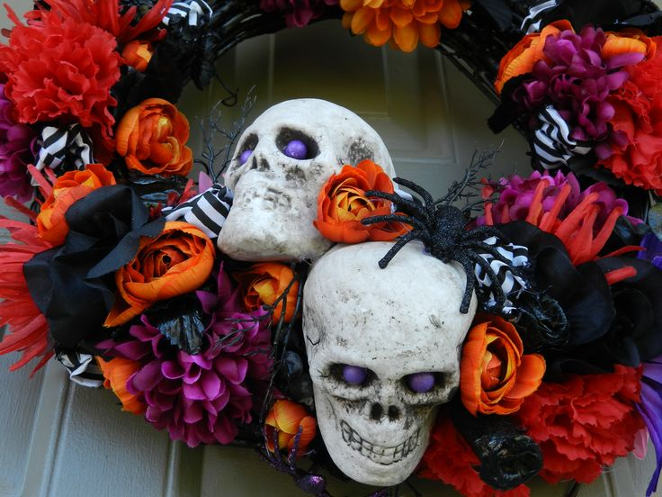 Halloween Day of the Dead Wreath, 2016 (Close-up)