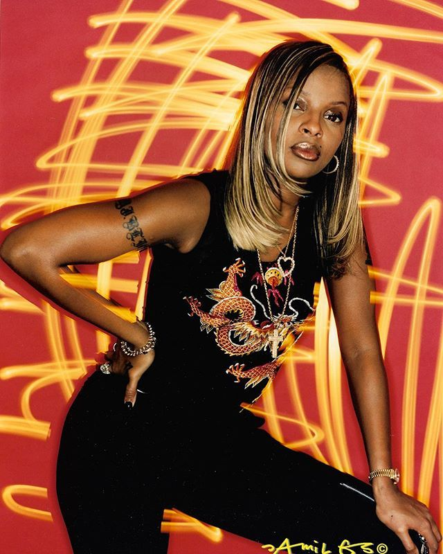 2 x #HBD @therealmaryjblige 1 for your birth celebration 2 for your #hollywoodstar weve always known who you are #uptown baby! . . . .JAMIL GS #1997-#2018 #nyc #nycphotographer #hiphophistory #americanroyalty #musicculture #fashionculture #ghettofabulous #soulmusic #rnb #r&b #neosoul #diva #mylife #whatsthe411 #sharemyworld #strengthofawoman #mudbound #bounceback #yonkers
