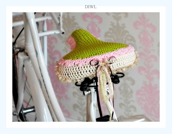 DIWL Shabby Crochet Bike Seat Saddle Cover PDF Pattern by DIWL, €3.99