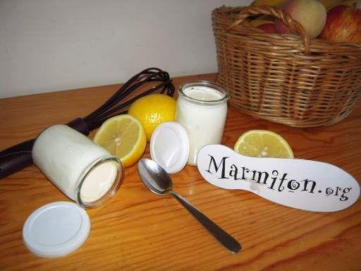 Yaourt maison au citron : Recette d'Yaourt maison au citron - Marmiton