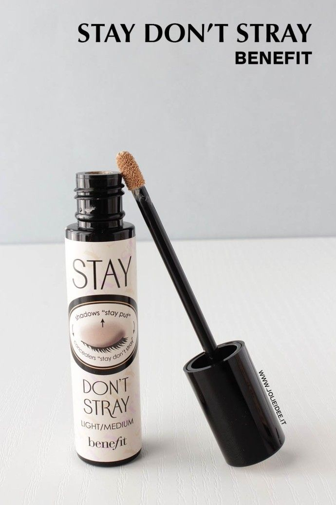 Review Stay Don't Stray Benefit - Primer occhi per una base omogenea #primer #benefit #makeup #review