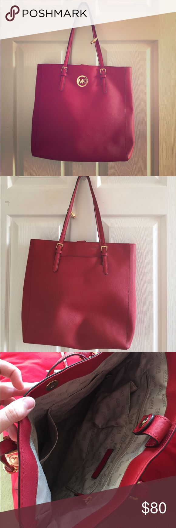 Red Micheal Kors shoulder bag Red shoulder bag from Michael Kors in good condition. No scuffs Michael Kors Bags Shoulder Bags