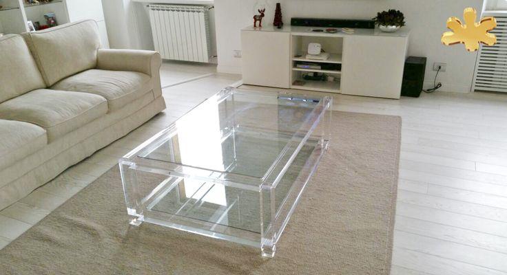Acrylic furniture - Lucite Acrylic coffe table - TAVOLINI DA SALOTTO IN PLEXIGLASS | Tavolino plexiglass cm.140 x 90 h.42 - telai sp.mm.40 - gambe sez.mm.60 - gola singola sulle gambe  #lucite #design #homedecor #acrylic