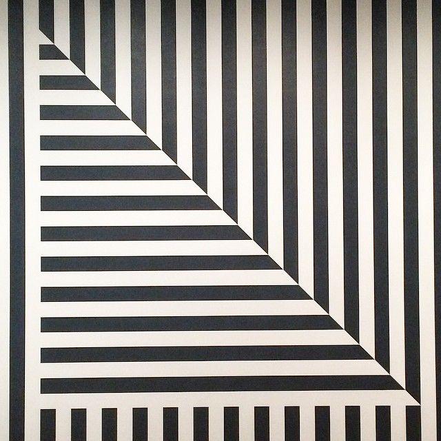 Sol LeWitt: Wall Drawing 370, 1982.