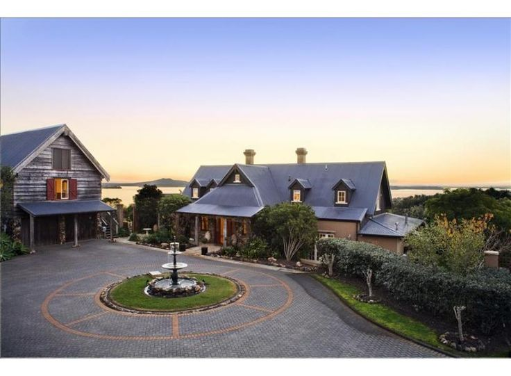 Puriri Valley | Be My Guest Waiheke - perfect for a corporate function, sleeps 18