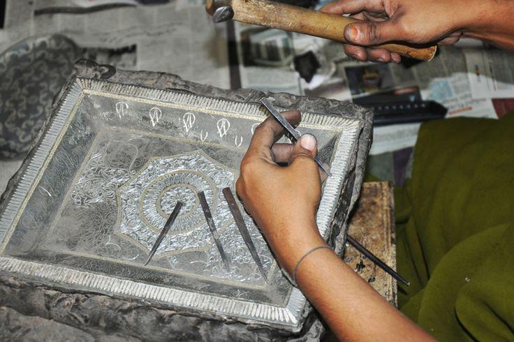 The making of Bidri-ware