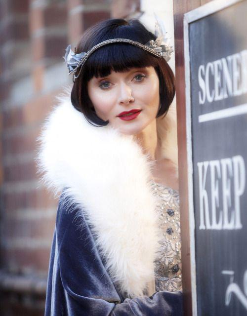 Essie Davis as Phryne Fisher inMiss Fisher's Murder Mysteries (TV Series, 2012).