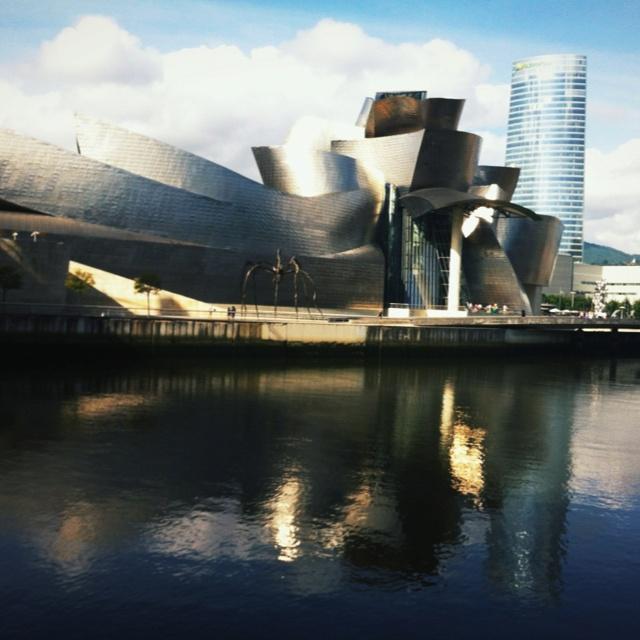 Guggenheim Museo Bilbao, Españia